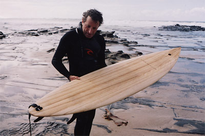 Paul Joske - Valla Surfboards, paulownia board