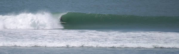 Waves - Peru